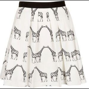 TOPSHOP kidding giraffe skirt. Worn 1x!